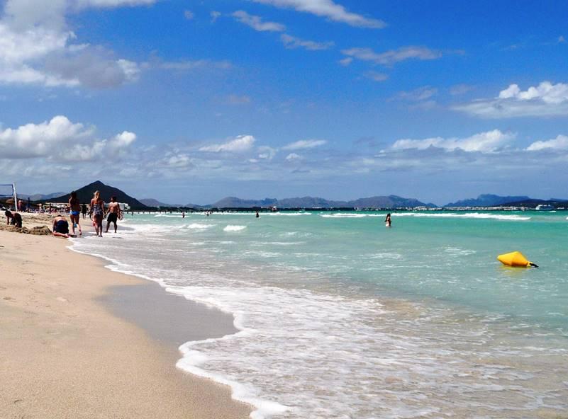 Playa De Muro Sandstrand In Der Bucht